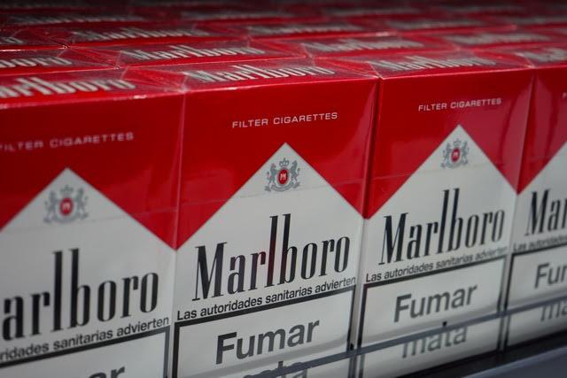 כתב אישום נגד מכונאי ימי, סוכן אוניה ותושב העיר בהברחת סיגריות והעלמת מס